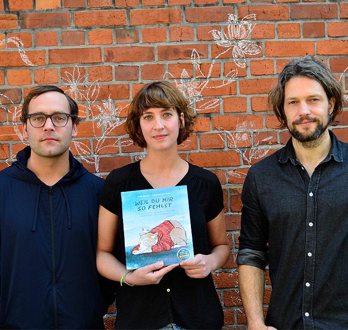 Ayse Bosse und Aki Bosse und Andreas Klammt mit dem Buch Weil Du mir so fehlst
